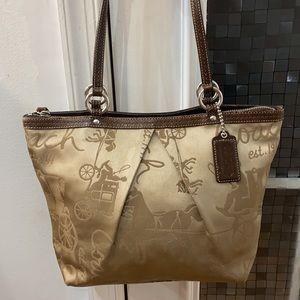 💕 Coach gold brown signature medium tote bag 💕